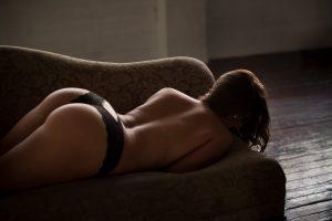 sunny boudoir butt and back
